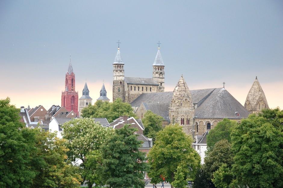 ..// Maastricht  //..